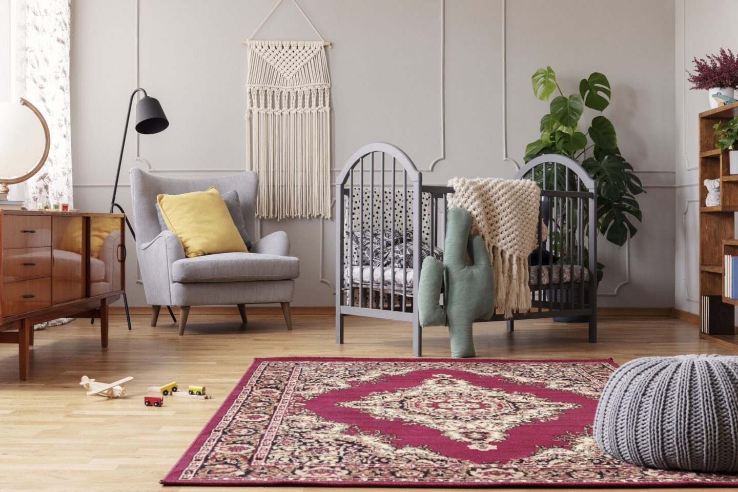 A Quick Guide on How to Clean Silk Rugs